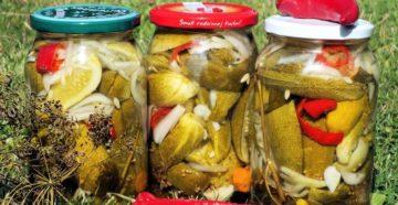 Маринуем огурцы на зиму: хрустящие, острые, с перцем и с луком